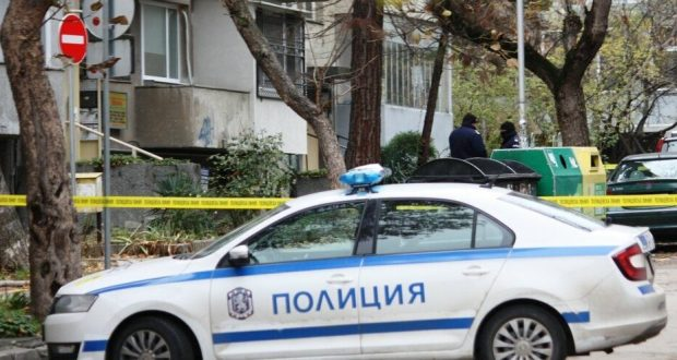 Стана ясно кои са жертвите на тройното убийство във Варна ликвидирани са с картечен пистолет