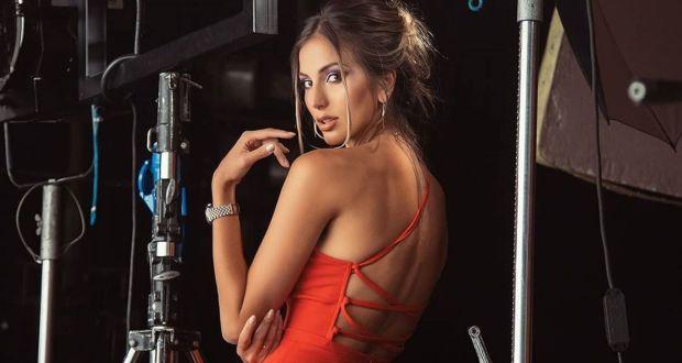 Алекс Петканова откровено за корекциите си вижте я преди тях / СНИМКИ И ВИДЕО /