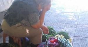 """""""Модна млада дама попита бабичка колко струва кошничка с ягоди... Бабата-продавач и отговори:"""