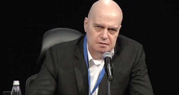 Слави Трифонов се включи наживо: Няма да правим правителство! Подкрепяме Румен Радев за президентските избори