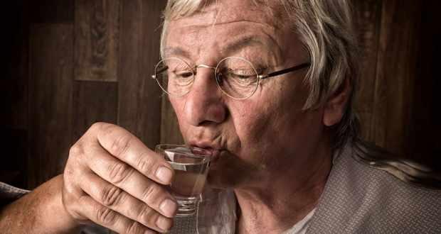 Официално от БАН: Пийте ракия за да сте здрави (ДОКАЗАТЕЛСТВА И РЕЦЕПТИ)
