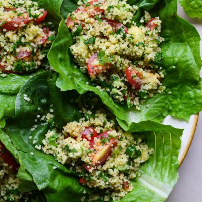 Tabule salotos su avokadu (kuskuso salotos)