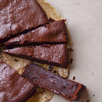 Juodo šokolado šokoladainis (brownie)