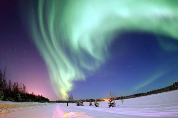 Un'aurora boreale, simbolo del nord estremo per gli europei
