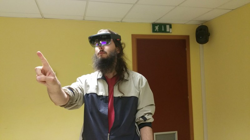 What to expect from next-gen HoloLens - The Ghost Howls