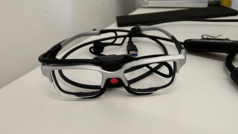 Standard glasses with eye tracking