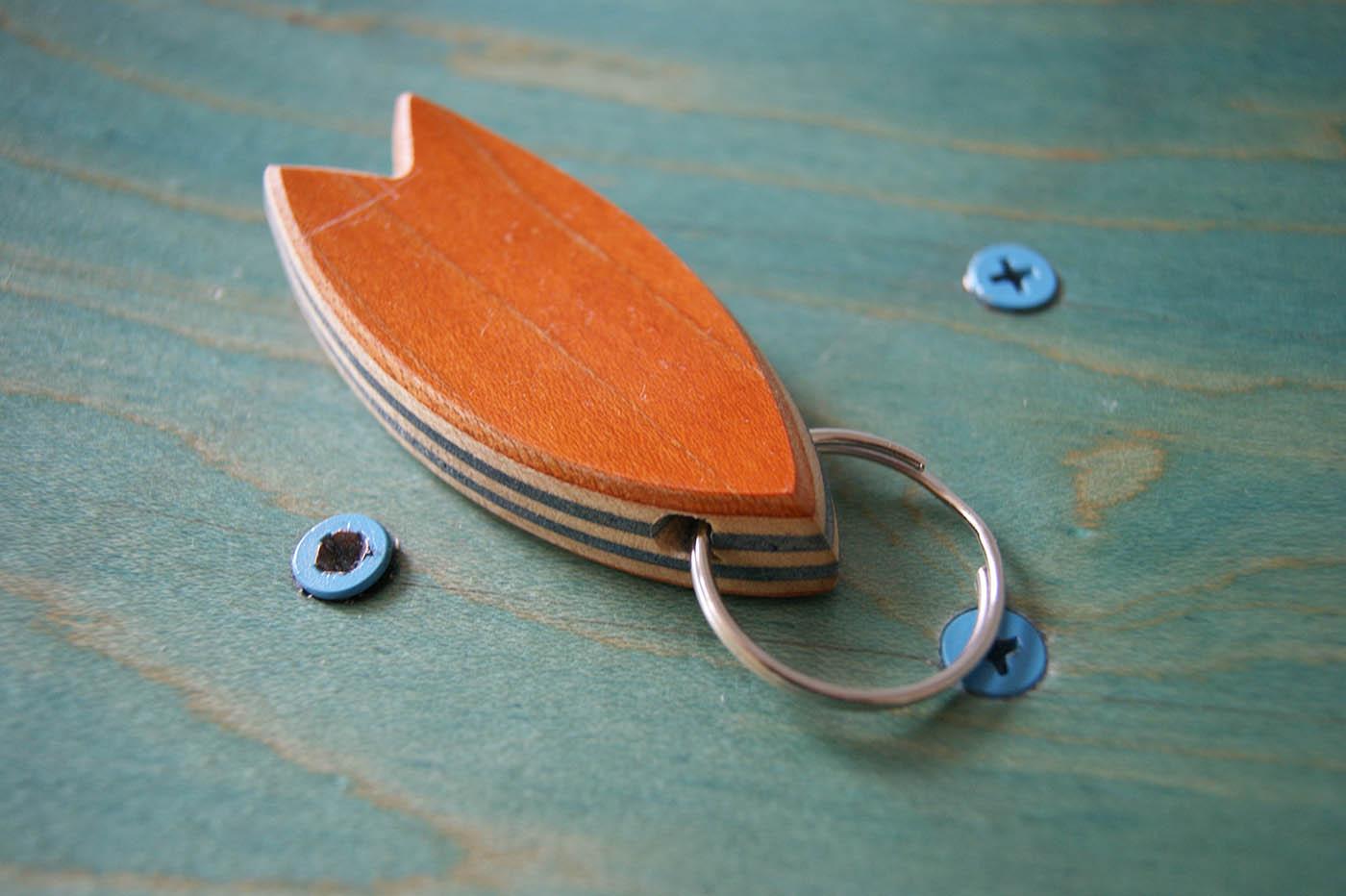 6-Skatan-LLC-Surfboard-Key-Chain-Skateboarding-Upcycling (25)