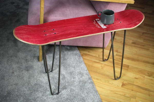 Skateboard Bench Red