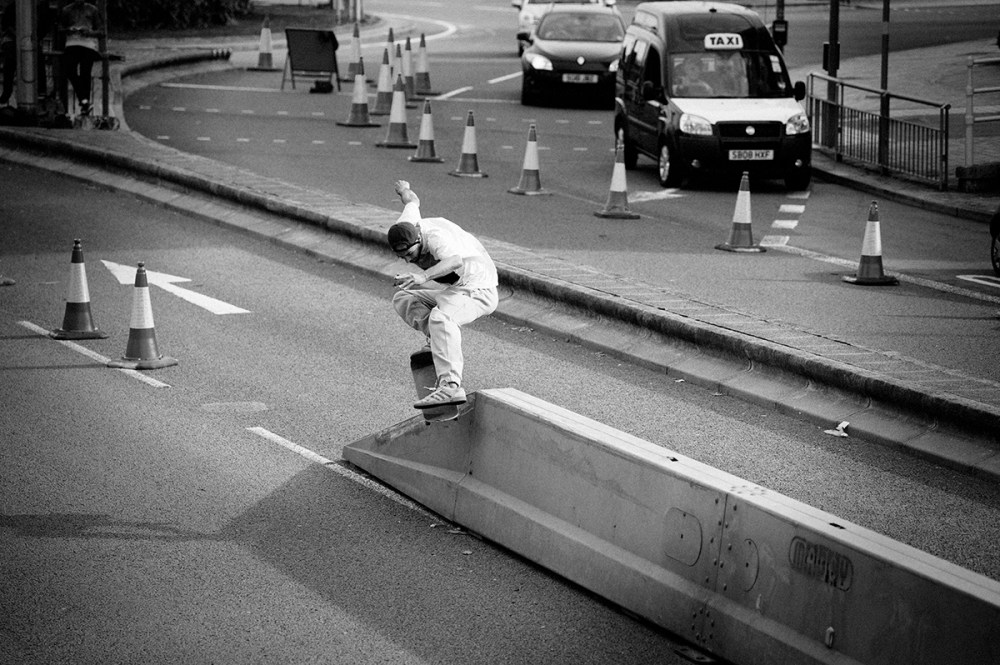 Chewy_CAnnon_Nosegrind_CARDIFF_2013_OMEALLY.jpg