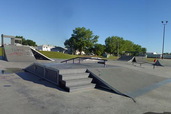 Lancaster Park / Garrison Skatepark * Edmonton AB
