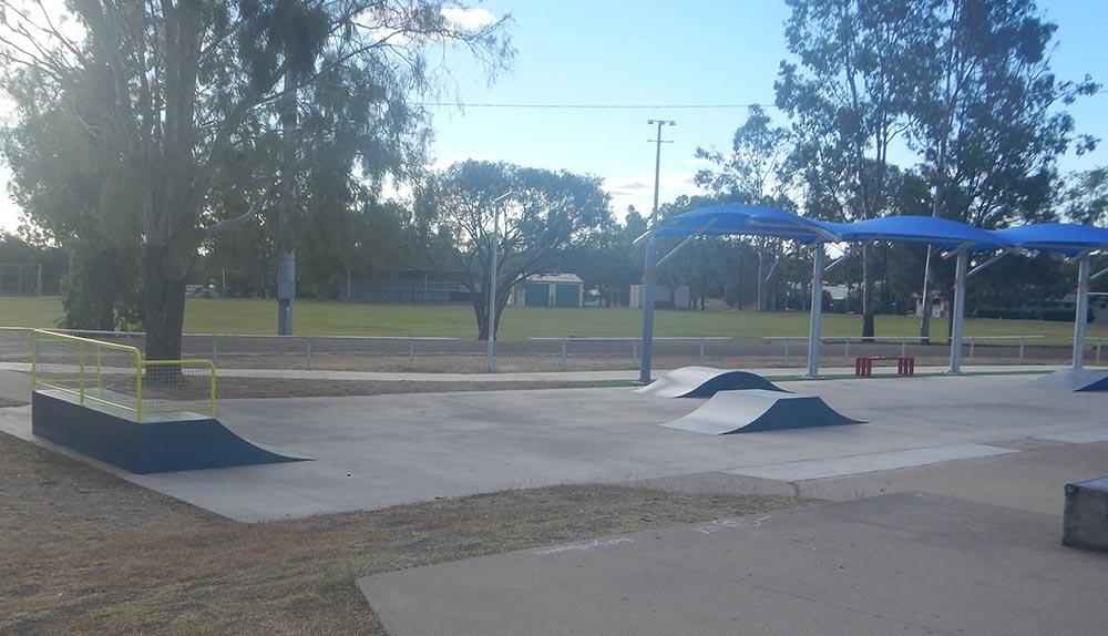 Mini skate ramp