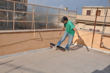 SKATEBOARDING ROOF TERRACE 05