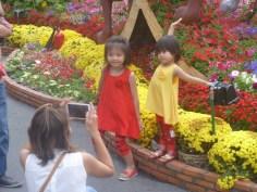 happy Têt children