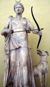 アルテミス彫刻