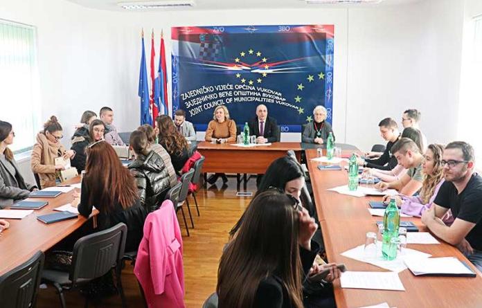 ZVO dodelio jednokratnu novčanu pomoć studentima srpske nacionalnosti