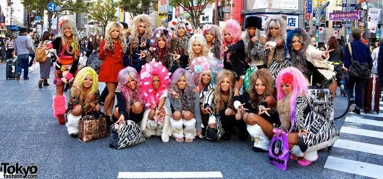Gyaru - Conheça o estilo independente no Japão - gals2 3