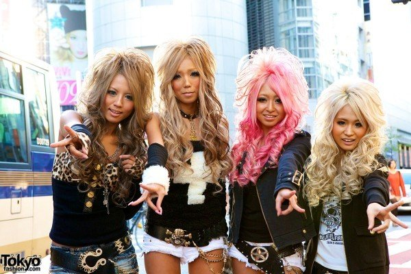 Japanese-gyaru-black-diamond