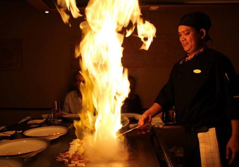5 Rápidas curiosidades do Japão #1 - ramen fogo 2