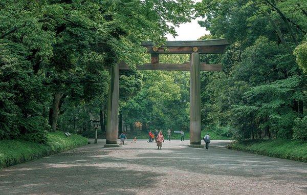 meiji santuário torii