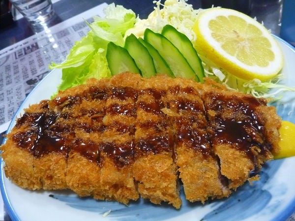 Tonkatsu - Costeleta de porco empanada - tonkatsu 2 2