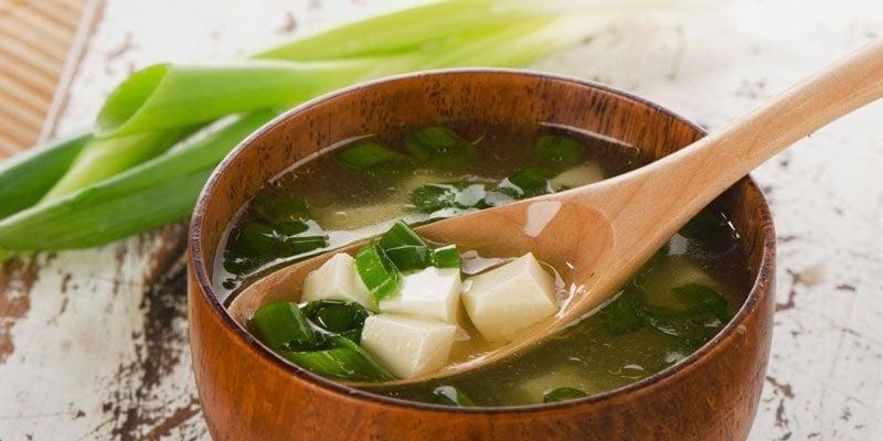 sopa de miso misoshiru