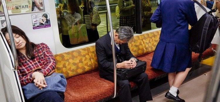 8 tipos de pessoas que encontramos nos trens do Japão
