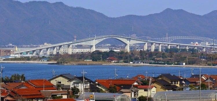 Os 5 Lugares mais perigosos do Japão - eshima ohashi bridge03 1
