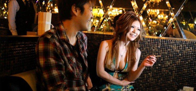 Acompanhantes e prostituição no Japão - hostess 2 4