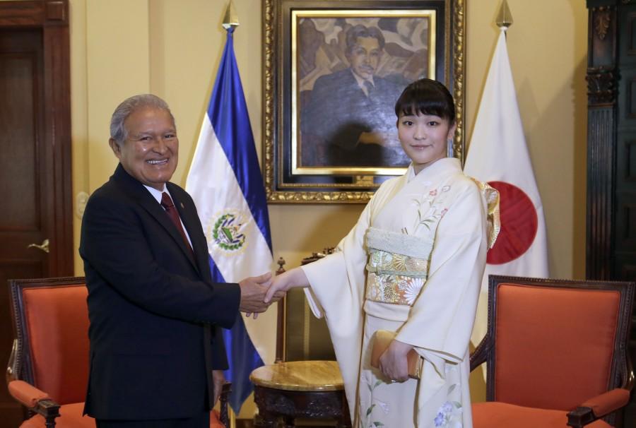 Princesa japonesa mako abandona trono para se casar com plebeu - princesa mako 1