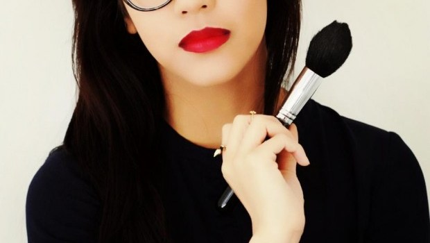 Freelance Make-up artist gives Halloween and career tips