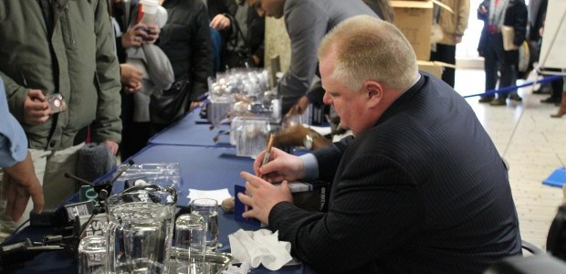 Ford bobbleheads draw a charitable crowd