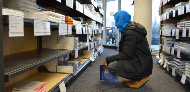 Students favour convenience when buying books