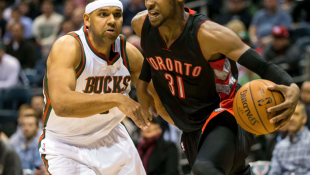 Raptors close it out in Milwaukee