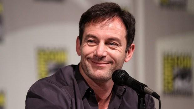Jason Isaacs to Play Captain of Starship Discovery on CBS All Access' 'Star Trek' Series