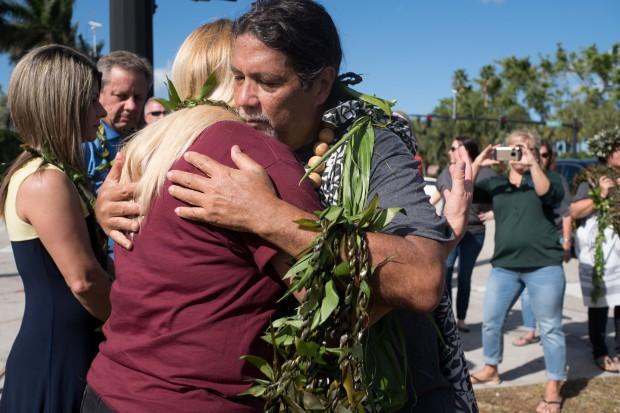 Gun reform rallies grow as Florida school reopens