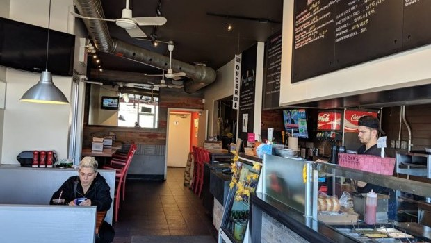 Etobicoke Eats: Woody's Burgers