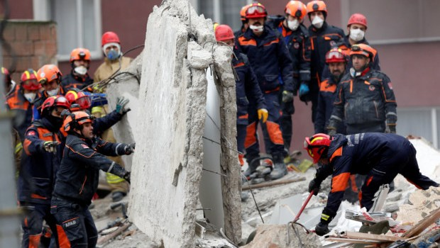 Istanbul death toll rises after building collapse