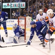 Toronto Maple Leafs' Hutch must 'follow the puck'