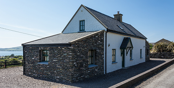 Ait Sonny Traditional Irish Cottage