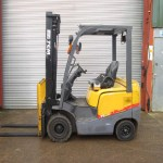 tcm-forklift-in-cyprus-0j901410-side