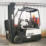crown-sc3018-used-diesel-forklift-cyprus-202923-side
