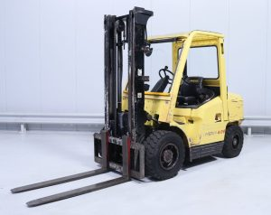 HYSTER-used-diesel-forklift-cyprus-L005A01834B-