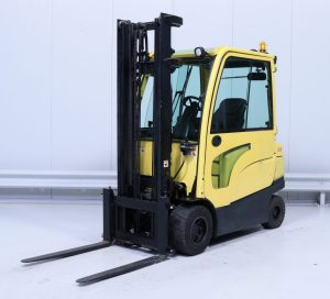 HYSTER-used-electric-forklift-cyprus-A276B02725J-side