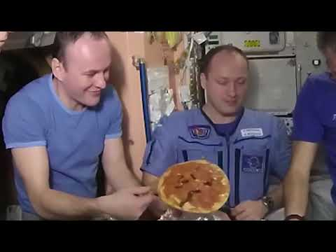 Pizza Night on the International Space Station; NASA Makes it Look Fun