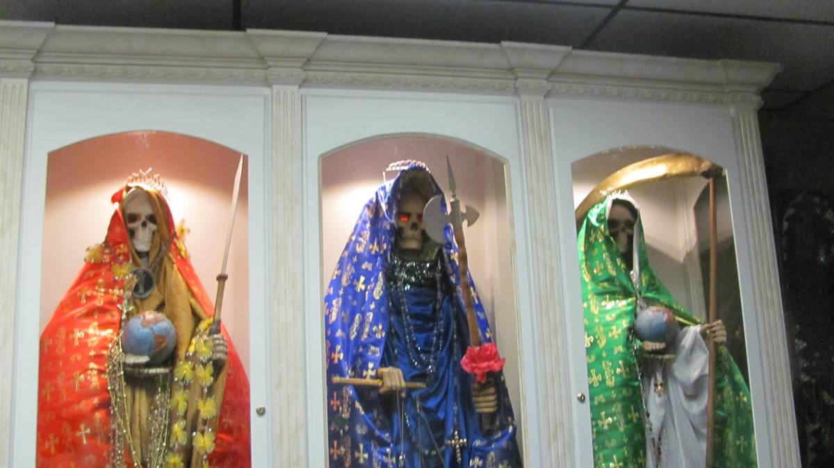 """Santa Muerte is Gaining Popularity as a """"Religion"""" in the"""