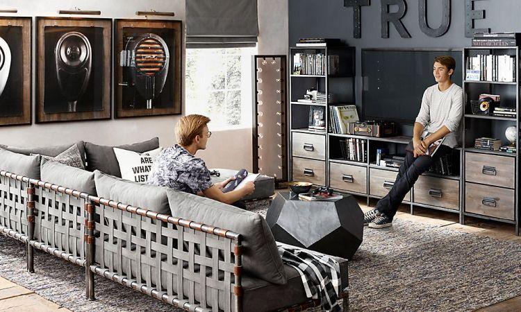 TN15_174_flynn_lounge