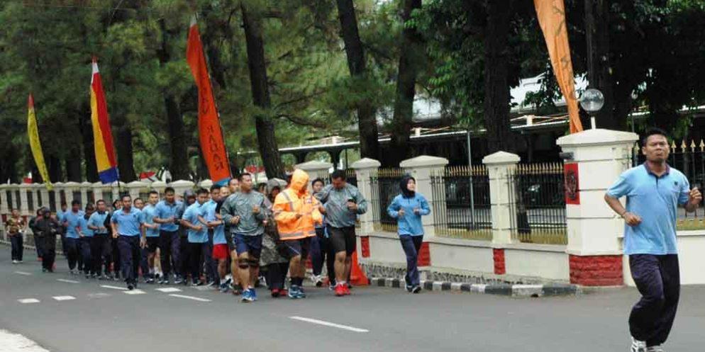 Jaga Kondisi Fisik Personil Kohanudnas Olahraga Siang Sketsa