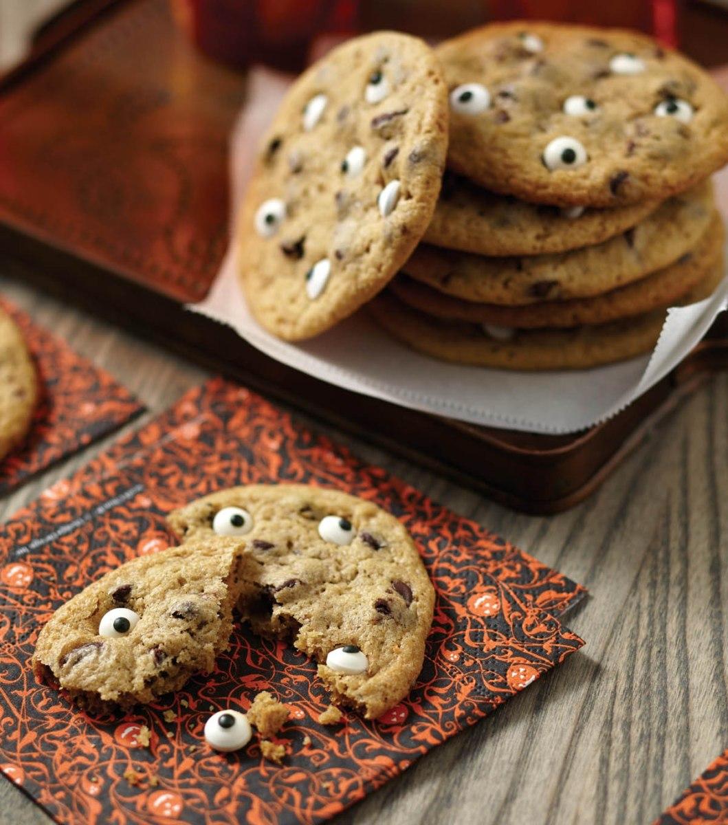 spooky halloween eyeball cookies recipe   skgaleana