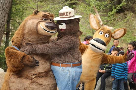 Smokey Hugs Boog.Elliot