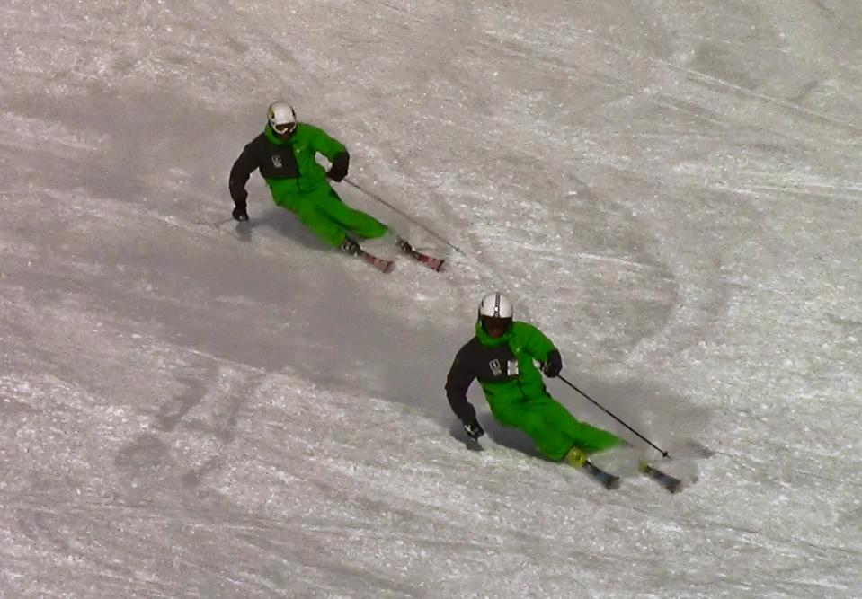 Morgan Petitniot et Jérémy Nadalutti virage carving ski